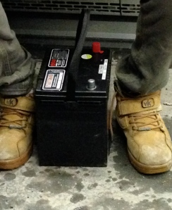 Batterie de voiture dans la 197